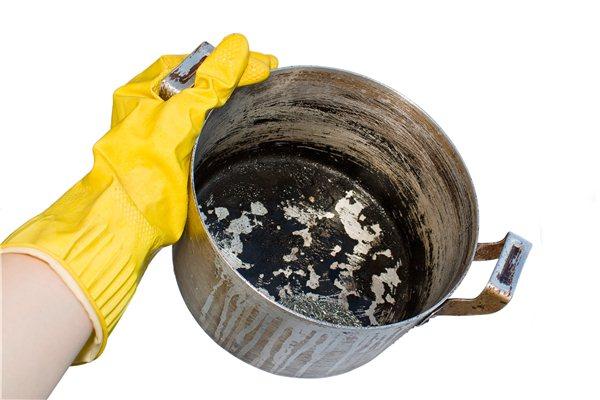 как отмыть пригоревшую кастрюлю, рис.1