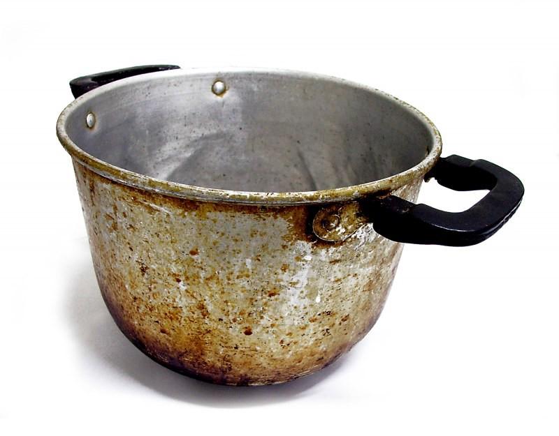 как отмыть пригоревшую кастрюлю, рис.8